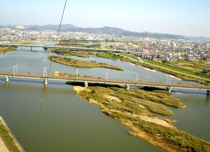 加古川河川敷にて :: 120_1.jpg  : 71 KB